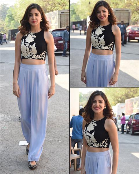 Anushka Sharma Wear Light Purple And Black Crop Top Palazzo Suit