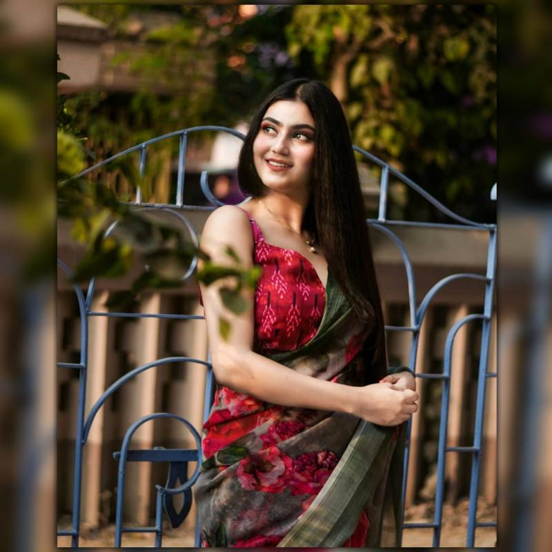 Latest Designer Pure Soft Linen Silk Saree
