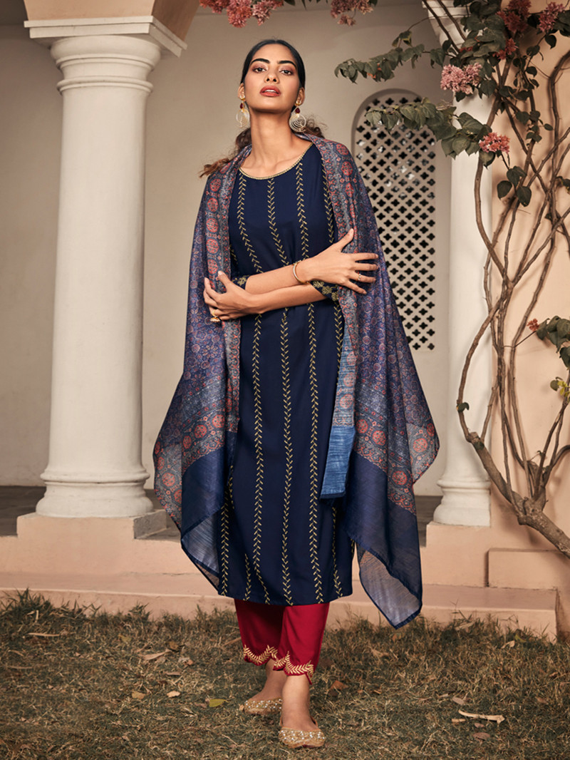 Blue Rayon Straight Style Suit
