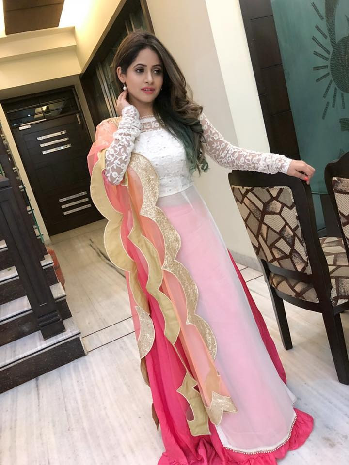 Party Wear White And Pink Georgette Gown