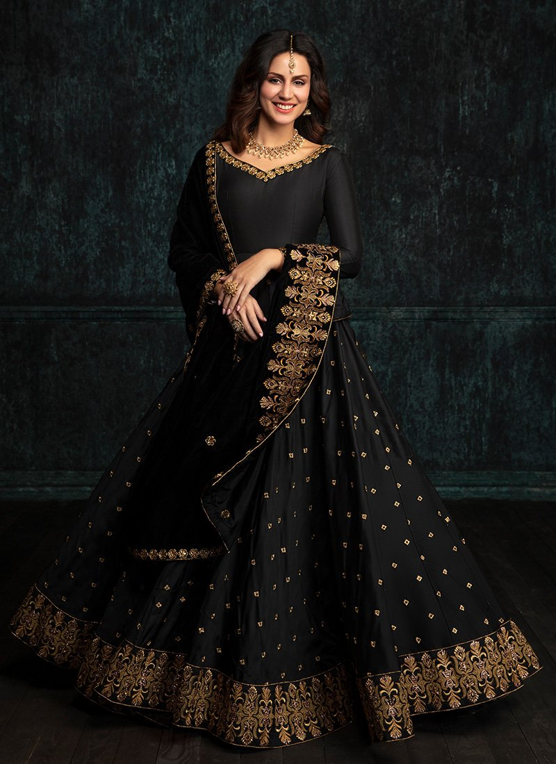 Black Taffeta Silk Anarkali With Nazmeen Shwal Dupatta