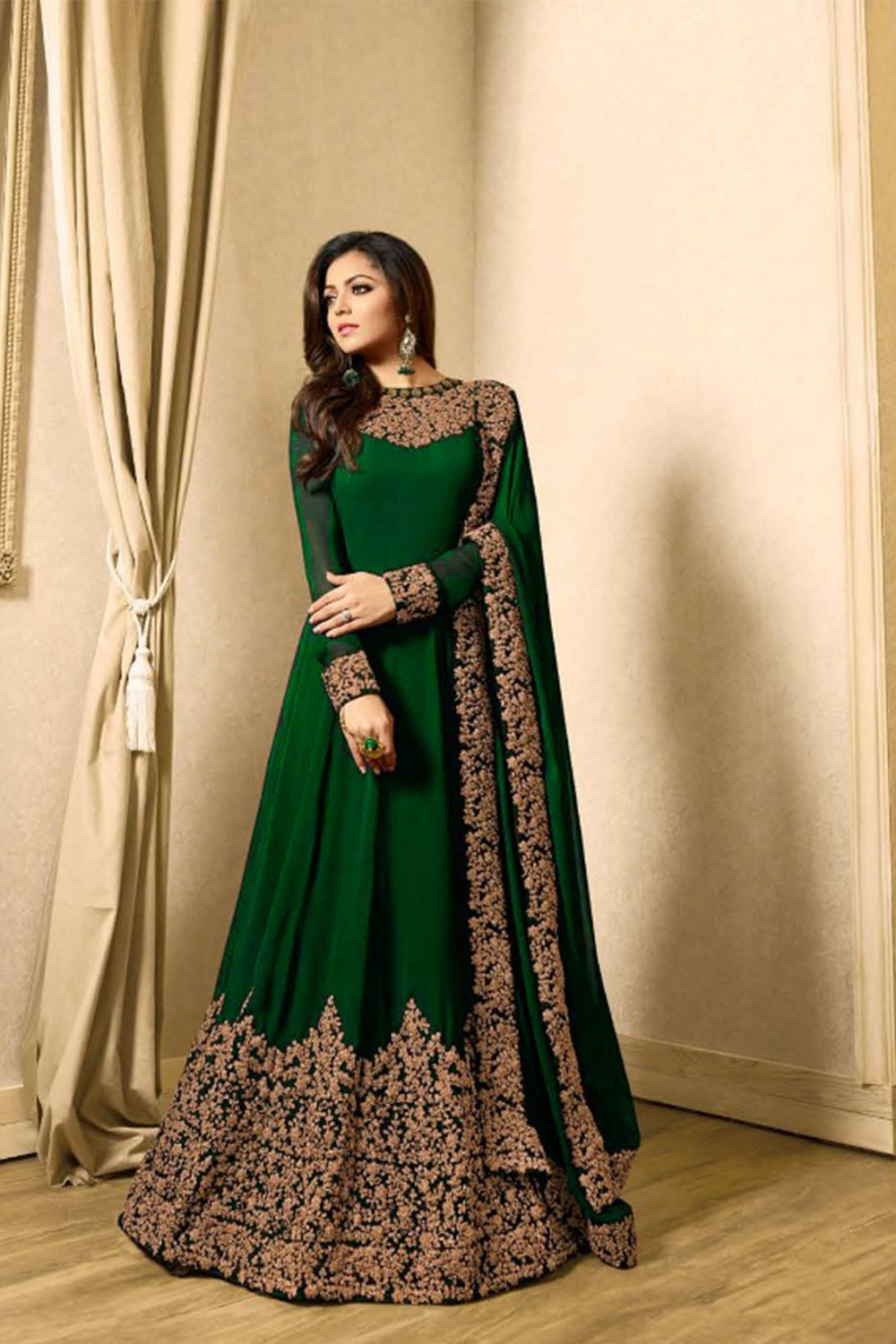 Drashti Dhami Faux Georgette Anarkali Suit In Green Colour