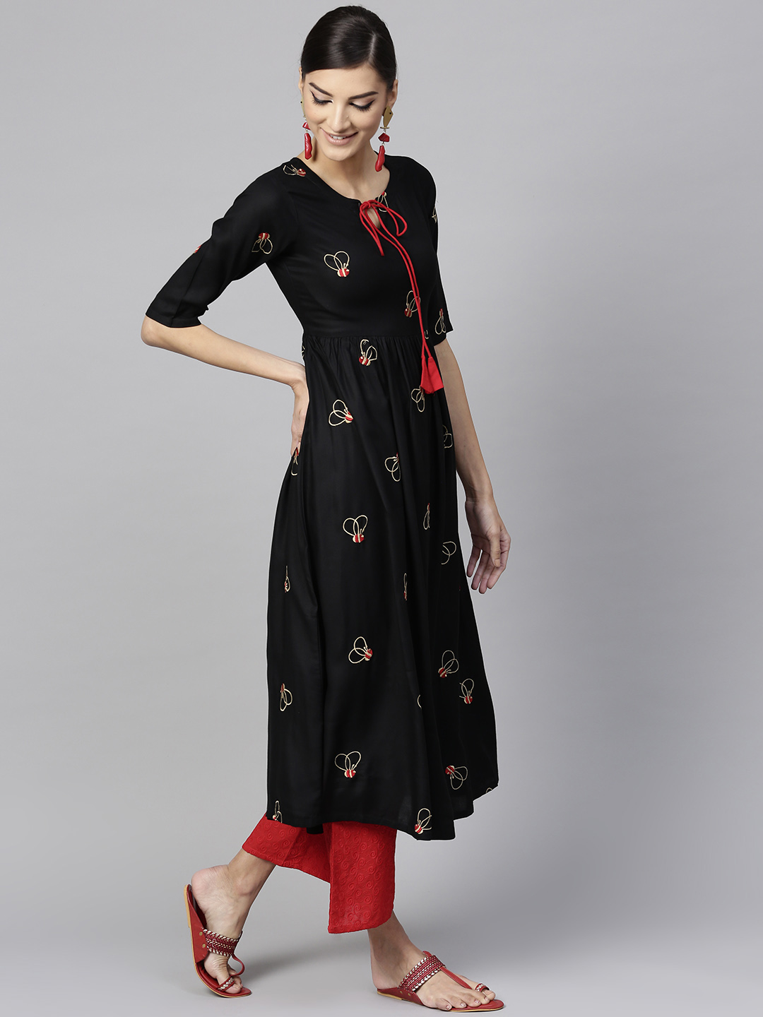 Women's New Stylish Designer Black Rayon Kurtis With Plazzo