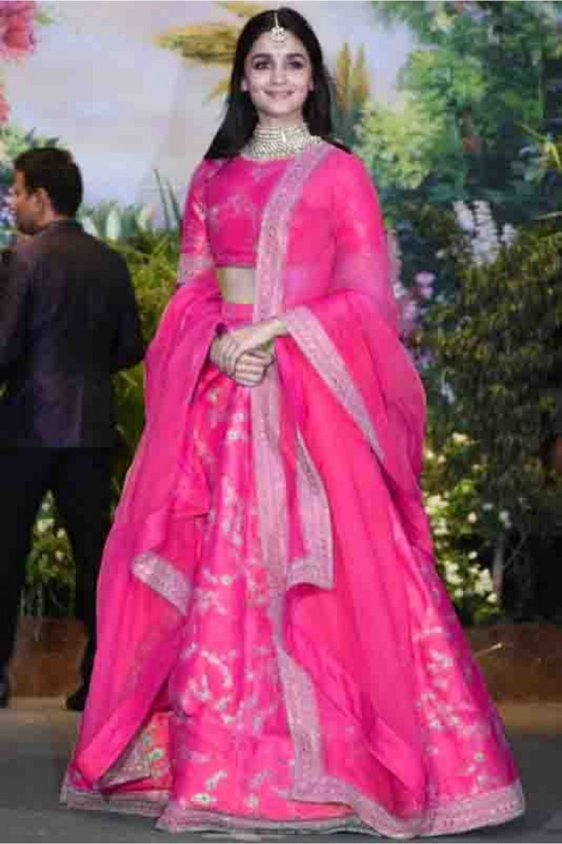 Bollywood Pink Color Aliya Bhatt Bridal Lehenga  Choli 2020
