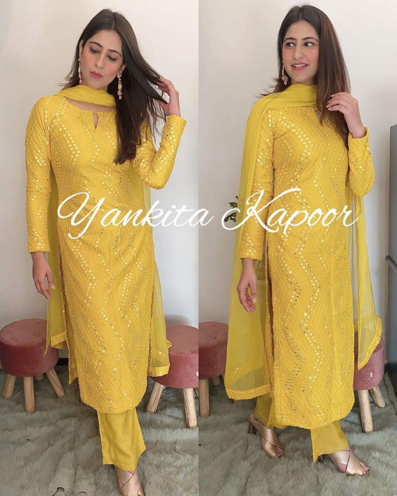 Celebrities Yankita Kapoor Yellow Color Top With Palazzo