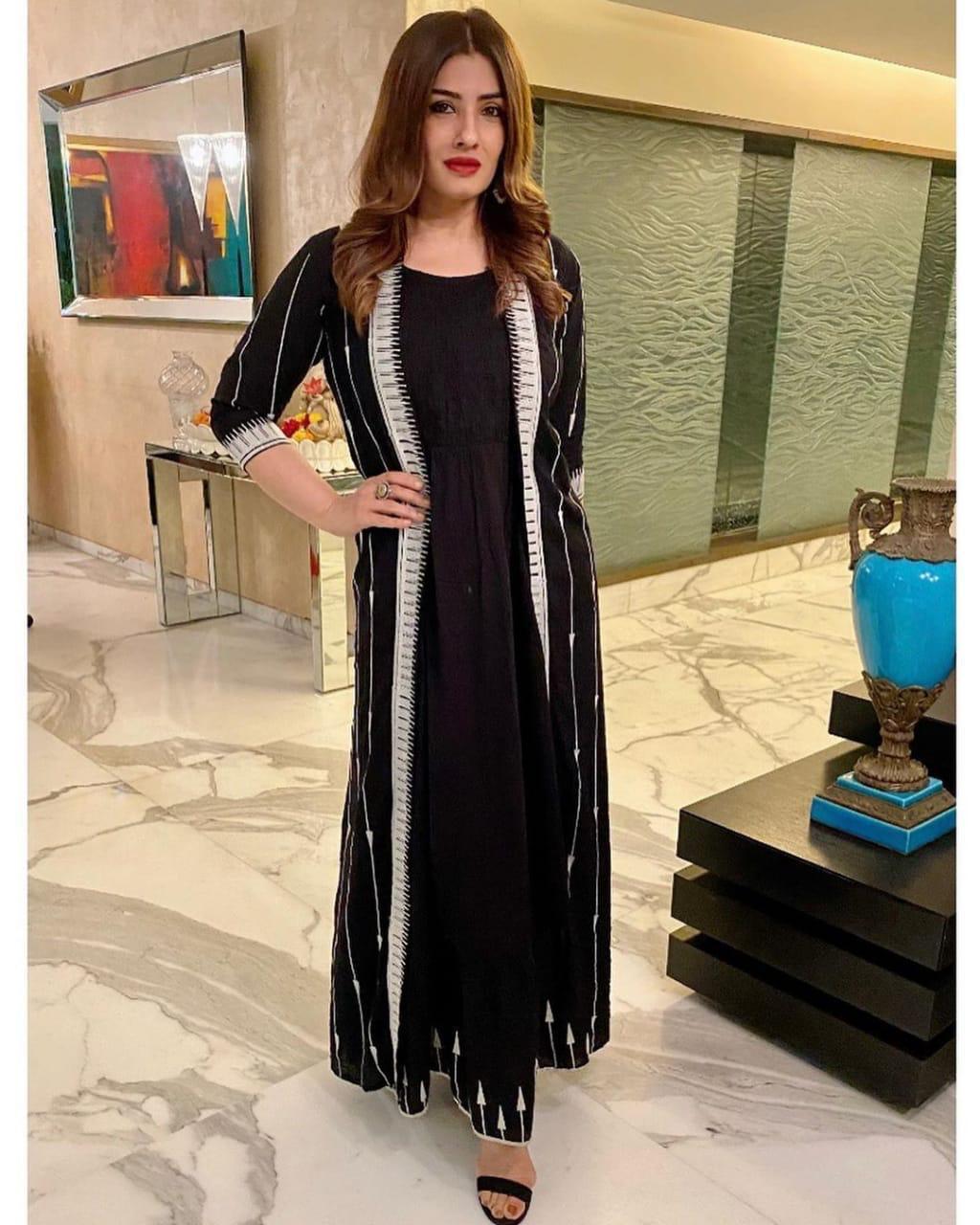 Raveena Tandon New Black Color Bollywood Gown