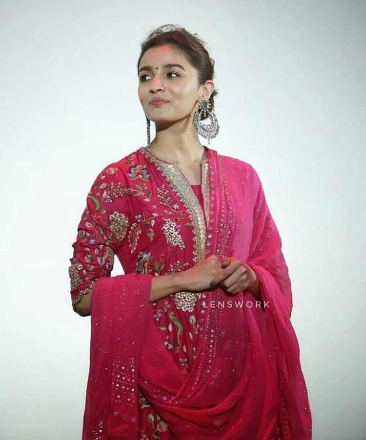 New Bollywood Alia Bhatt Beautiful Indo Western Style Top Lehenga And Dupatta