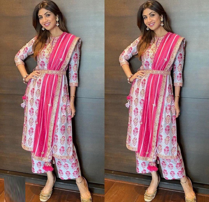 Bollywood Grey And Pink Color Salwar Suit