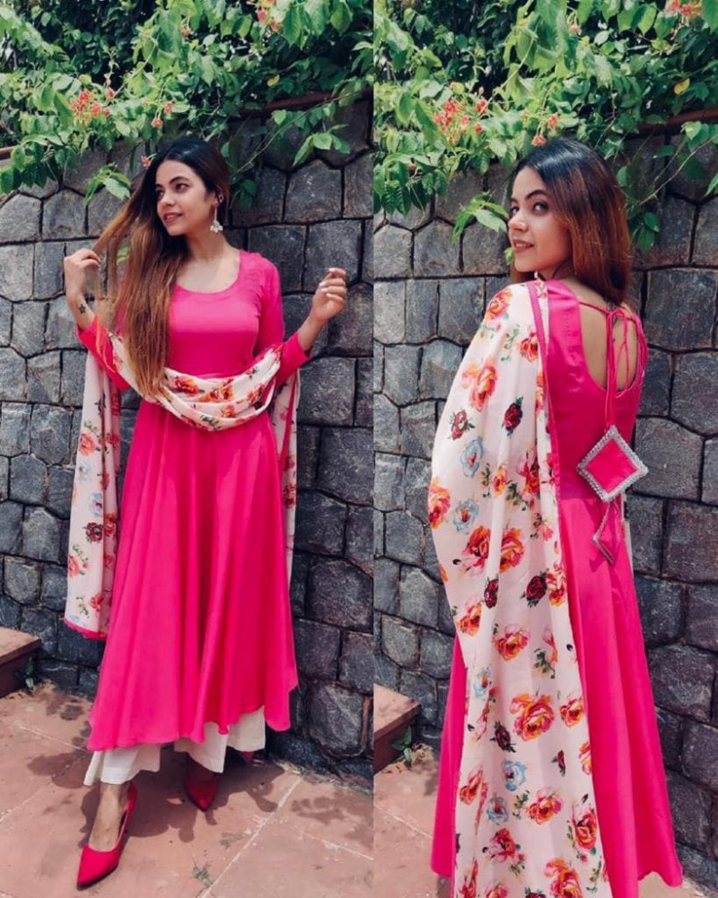 Heavy Rayon Pink Flared Plain Dress