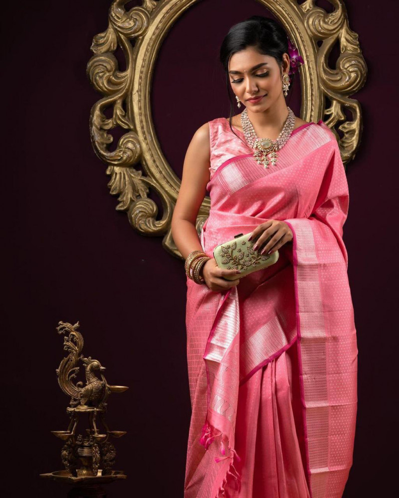 Latest Pink Fancy Saree For Girls