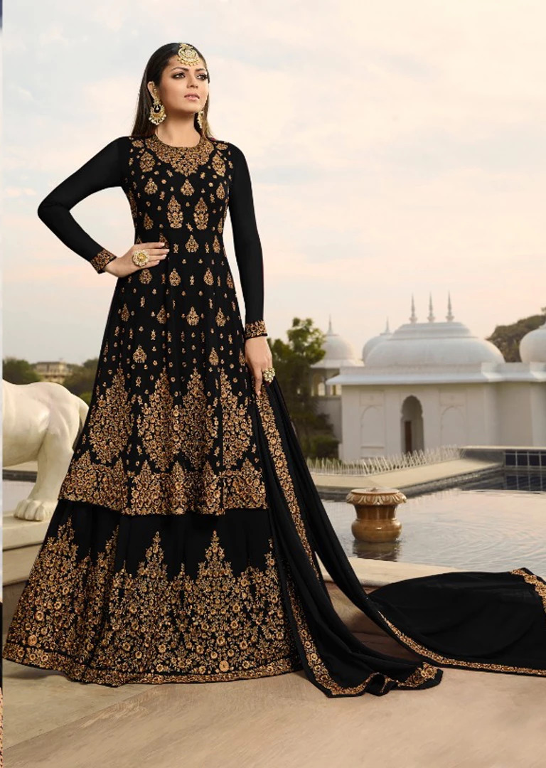 Delightful Black color Jorjet With Siqance Embroidery suit