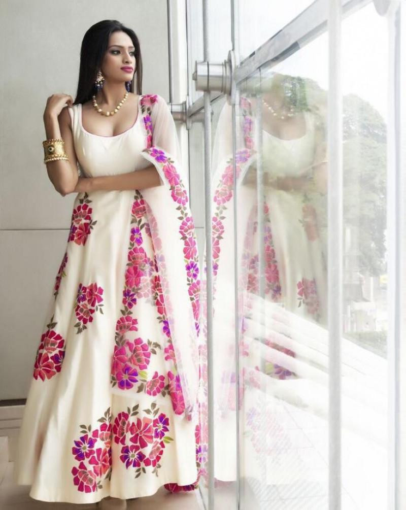 Preferable Peppy Flower Pearl White Colour Long Gown