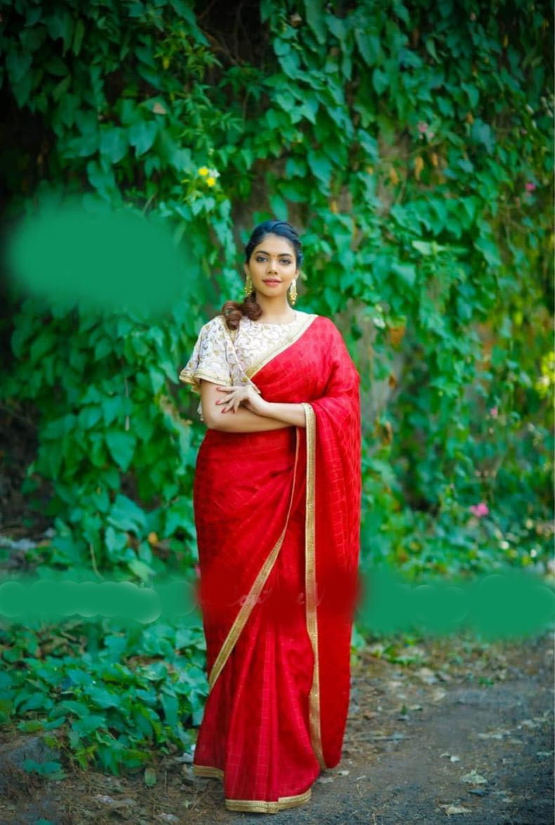 Women Sana Silk With Weaving Chex & lace Party Wear Saree (Red)