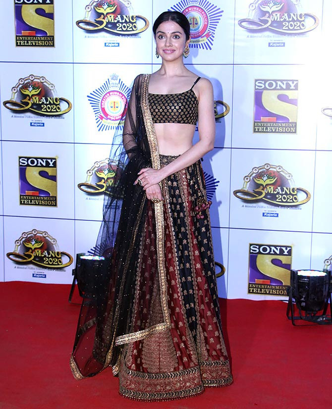 Celebrity Selection Bollywood Style Divya Khosla Kumar Wear Black And Maroon Golden Zari Work Lehenga Choli girl special
