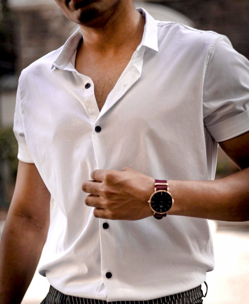 Attractive White Plain Casual Short Sleeves Shirt King Size Online Shirt in India