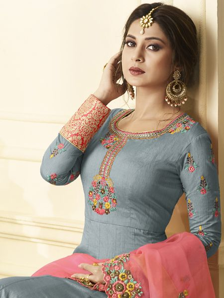 Jennifer Winget Designer Grey Anarkali Suit