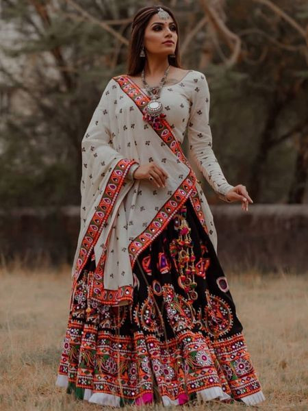 Designer Black Chaniya Choli for Garba Online India