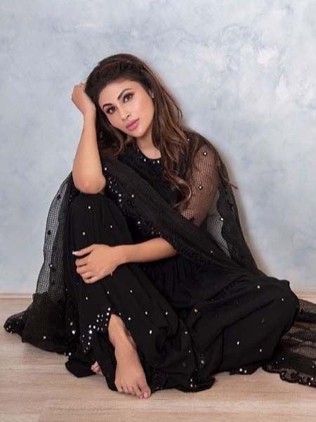 Mouni Roy Bollywood Designer Georgette Black Dress