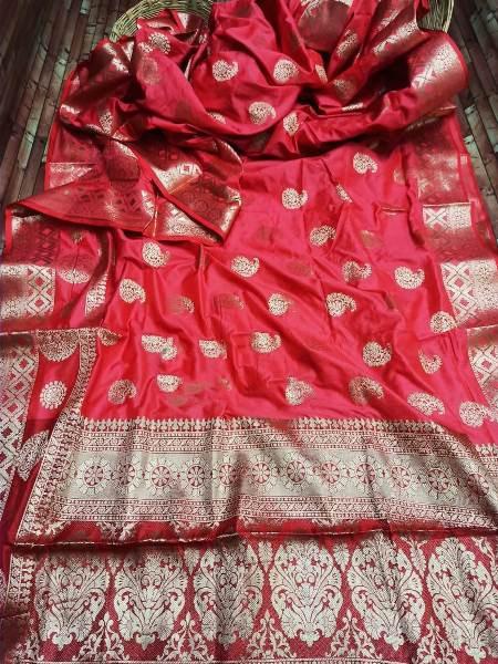Buy Pink and Red Zari Woven Wedding Banarasi Silk Saree Online from YOYO Fashion