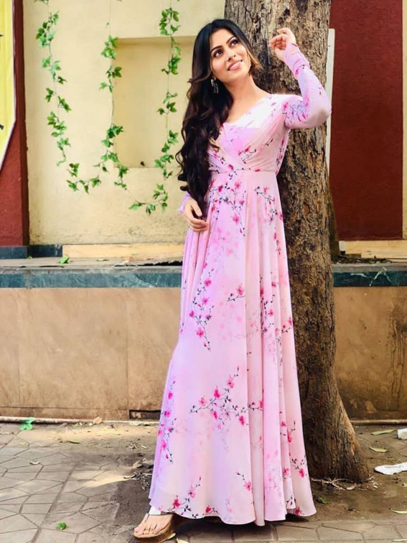 Party Wear Pink Floor Length Silk Gown