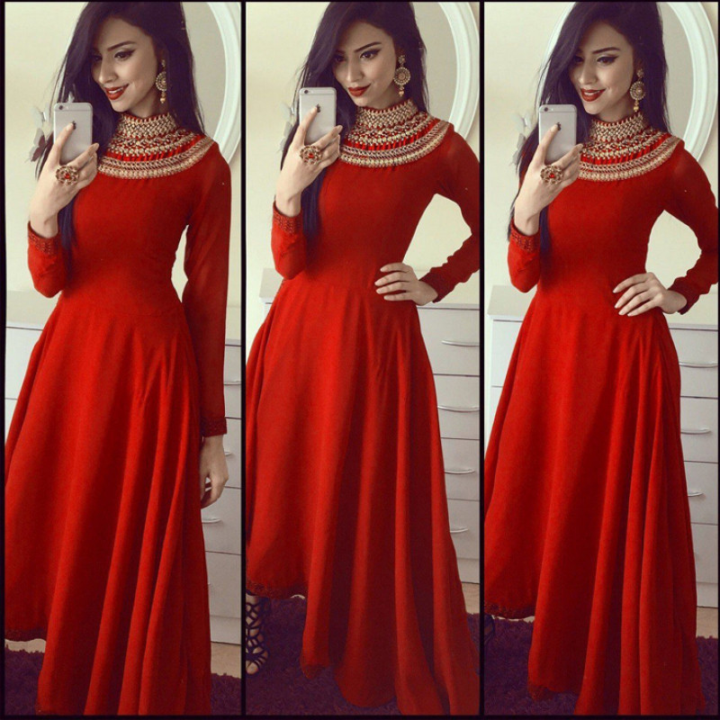 ZP_RED SATIN GOWN