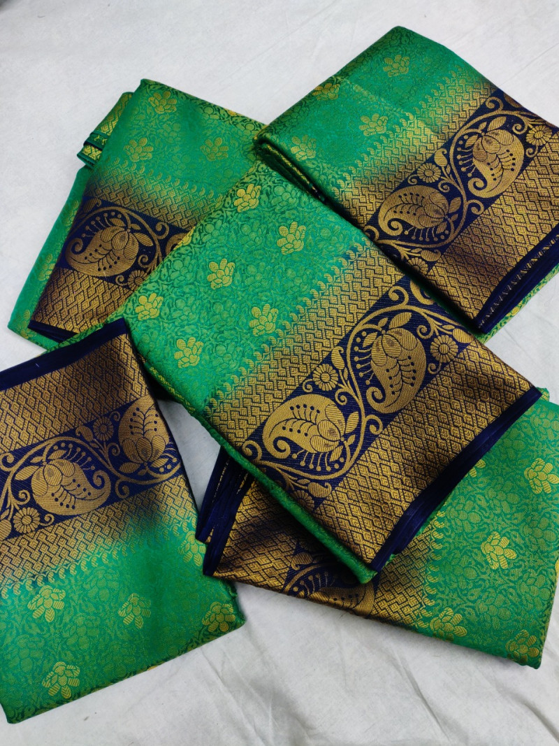 Green Soft Banarasi Silk Weaving saree With Blouse Piece