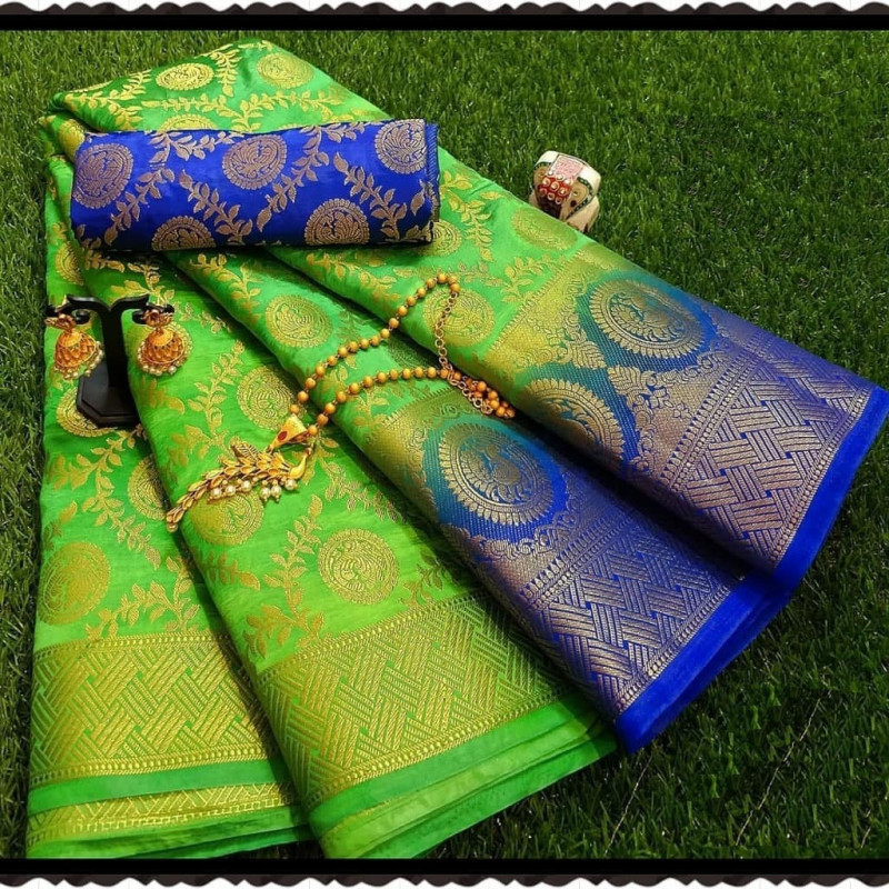 Green Moonga Soft Silk Rich pallu Saree With Blouse Piece