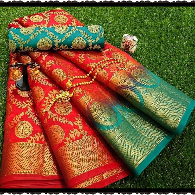 Red Moonga Soft Silk Rich pallu Saree With Blouse Piece