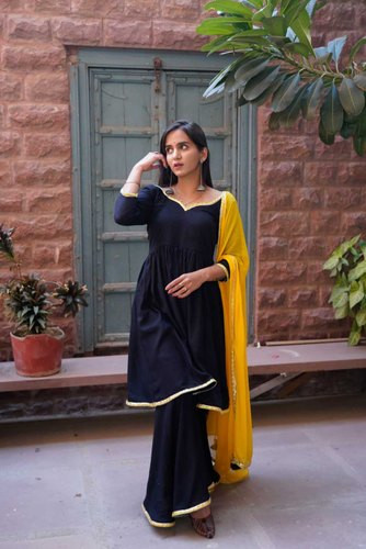 Plain Black Kurti Palazzo Set With Yellow Dupatta
